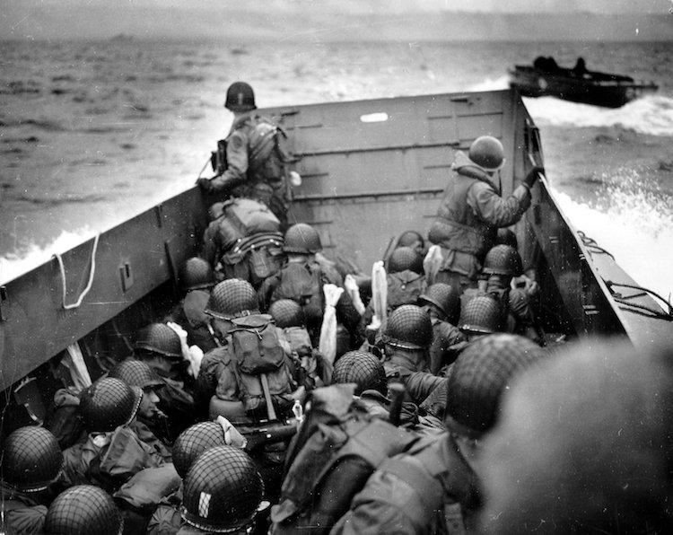 Voici les barges utilisées par l'armée américaine.
