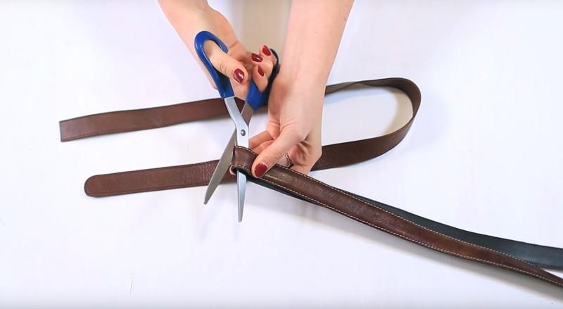 Assurez-vous de couper l'ensemble en deux parties équivalentes.