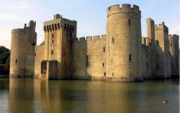 Château de Bodiam – Sussex (Angleterre)