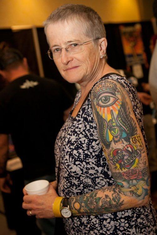 Homme ou femme, le tatouage c'est pour tout le monde