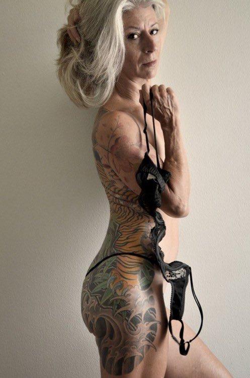 Qu'on vieillisse en étant tatoué n'enlève rien à notre charisme