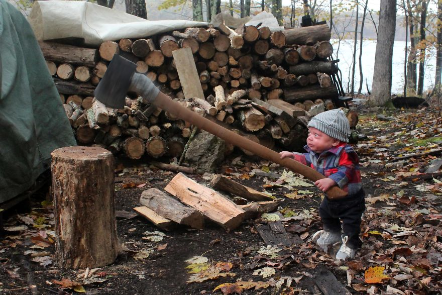 L'hiver s'en vient il faut fendre le bois…