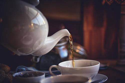 <b>Boire plus de thé</b>