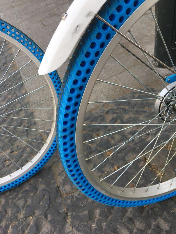 Ces vélos ont des pneus sans air