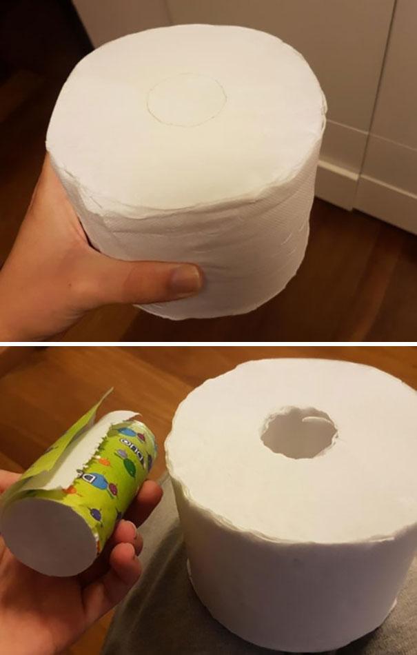Ce rouleau de papier hygiénique est livré avec plus de papier au milieu