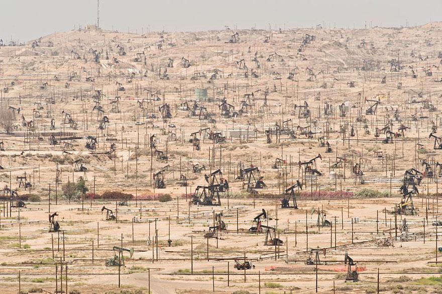 Champ pétrolifère de Ken River, Californie (États-Unis) – exploité depuis 1899