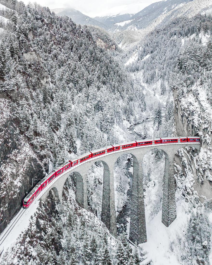 """Le gagnant: """"Le train rouge"""""""